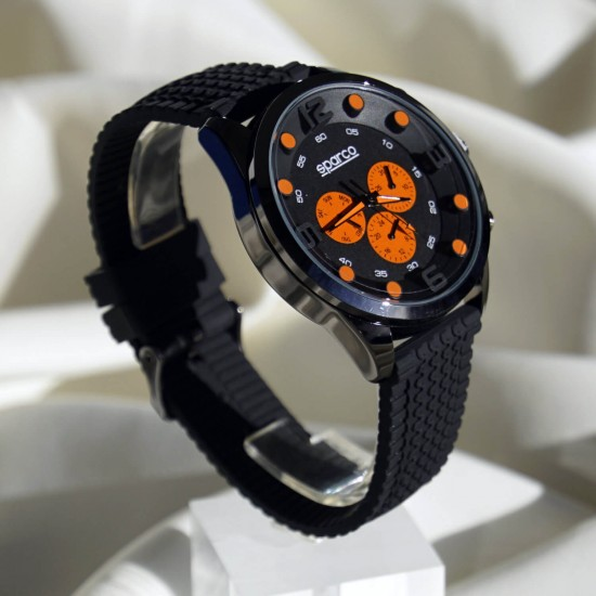 Modern wristwatch for men - Racing Style